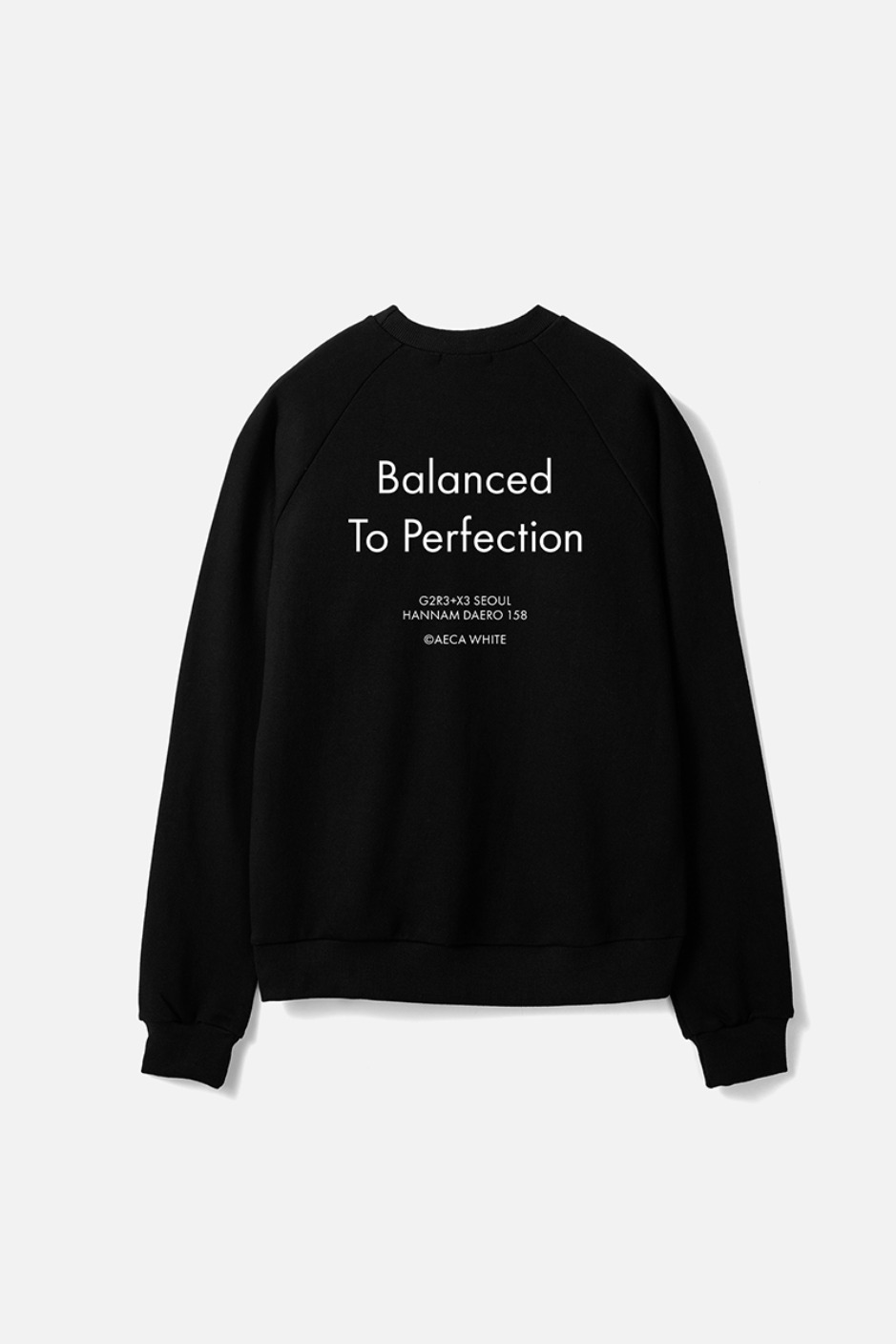 BALANCED TO PERFECTION SWEAT-BLACK